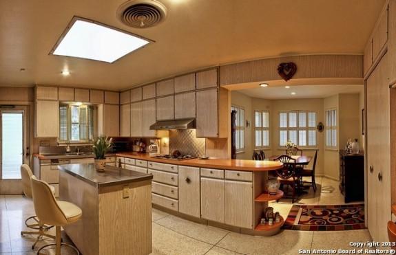 1410 Gray Oak Kitchen