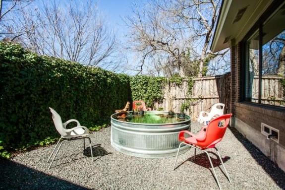 2344 Pinebluff side yard