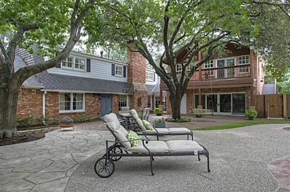 3608 Overton Park Backyard
