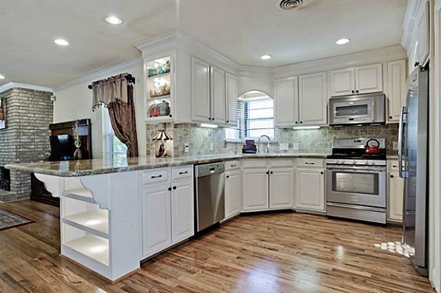 3747 Valley Ridge Kitchen