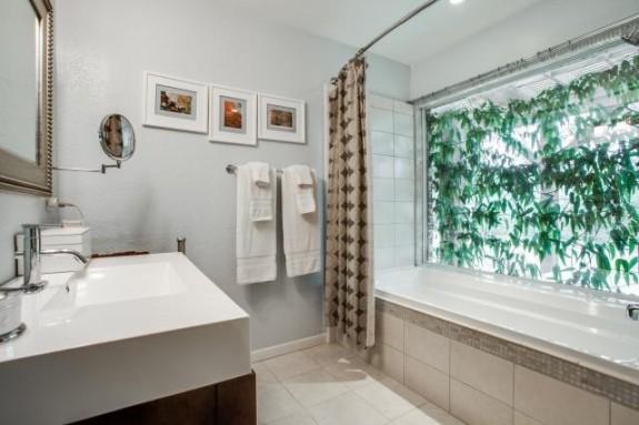3958 Clover Master Bath