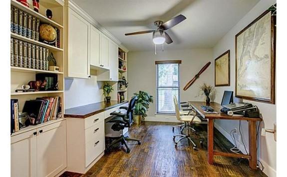 435 Crestover Desk