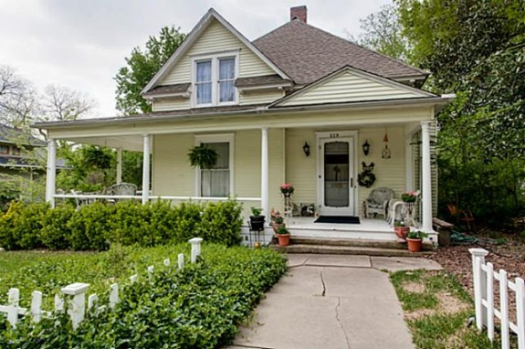 519 W. Hunt Front