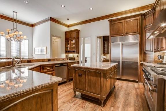 6324 Pemberton Kitchen