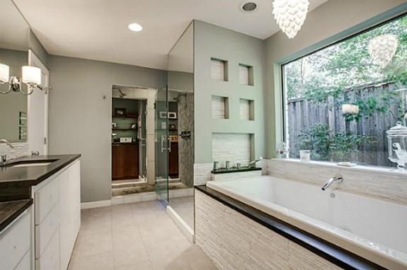 6406 Forest Creek master bath 2