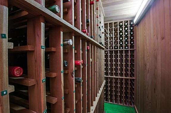 6406 Forest Creek wine