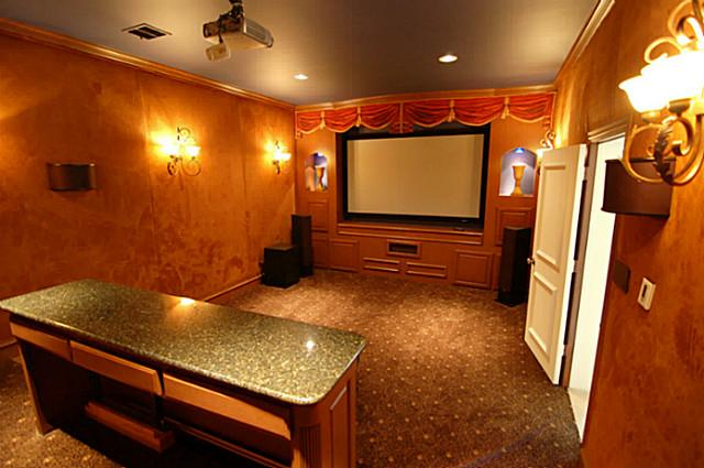 6807 Meadow Home Theatre