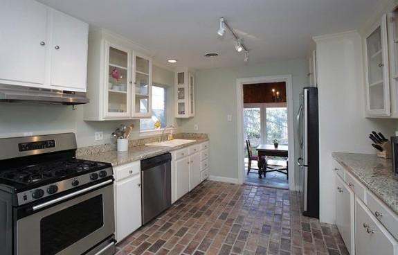 723 Woolsey Kitchen