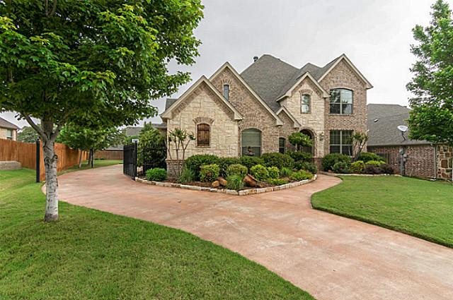 7929 Green Valley Front