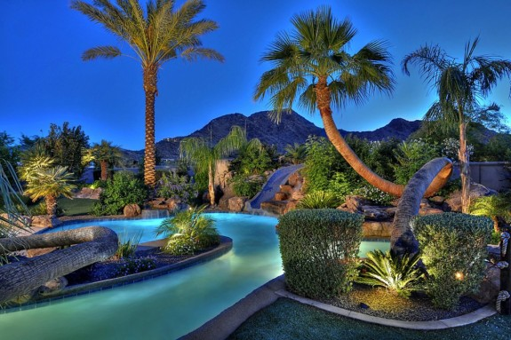 Paradise Valley lazy river & slide